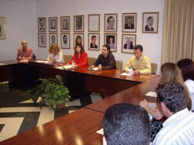 20070618083456-pleno-de-constitucion-del-ayuntamiento-2007-012.jpg