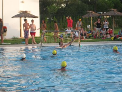 20090824140214-waterpolo.jpg