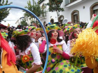 20100225142526-carnaval-2010-desfile.jpg