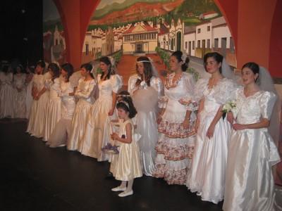 20100303135430-desfile-novias.jpg